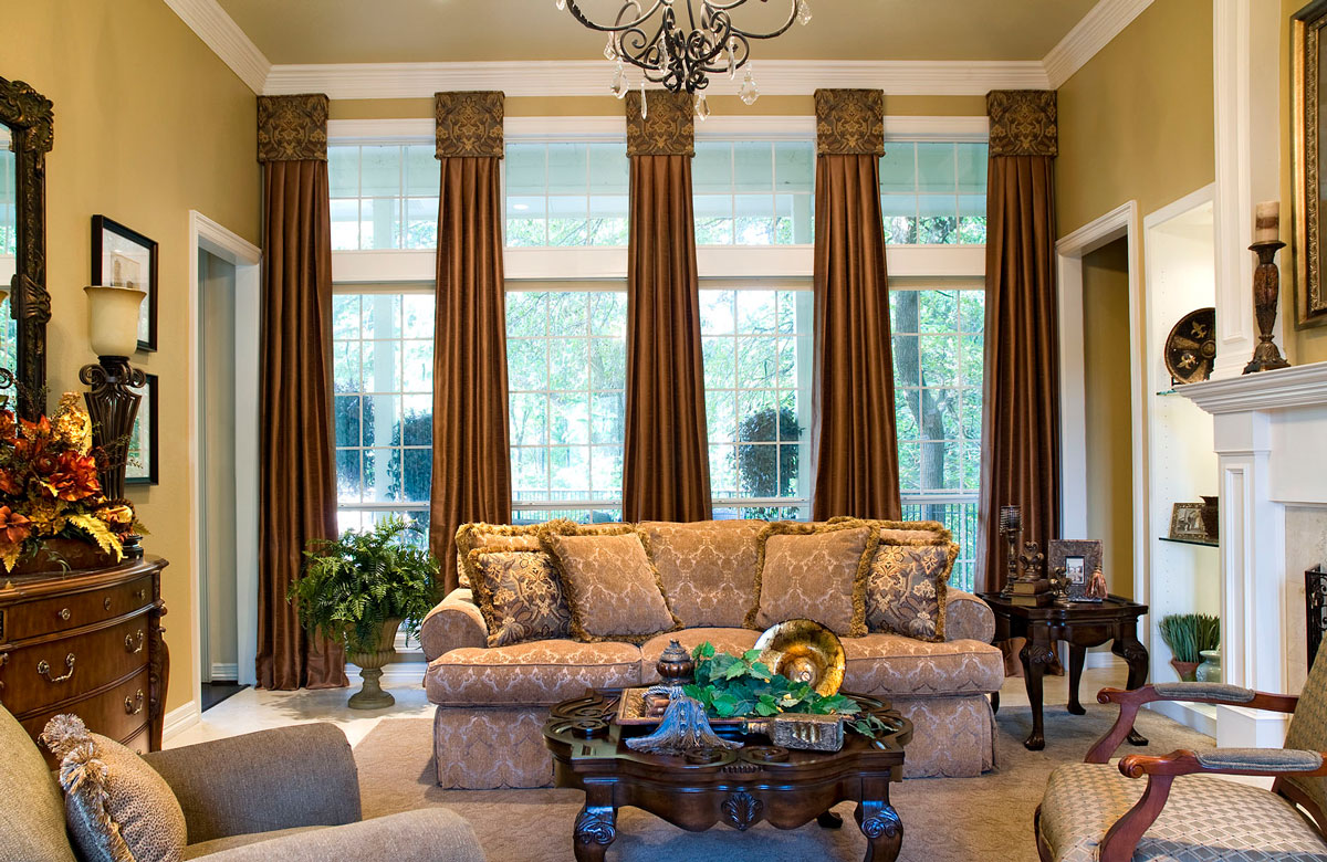 Drapes with Cornice